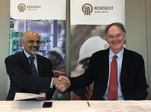 Pro-Vice-Chancellor (Research Partnerships) Professor Mohan Krishnamoorthy and Newcrest's Head of Metallurgy John O'Callaghan