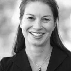 Dr Sarah Pazell